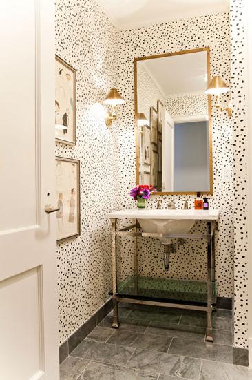 一平米空间极致利用,卫浴装修效果图 把收纳隐藏于无形 15