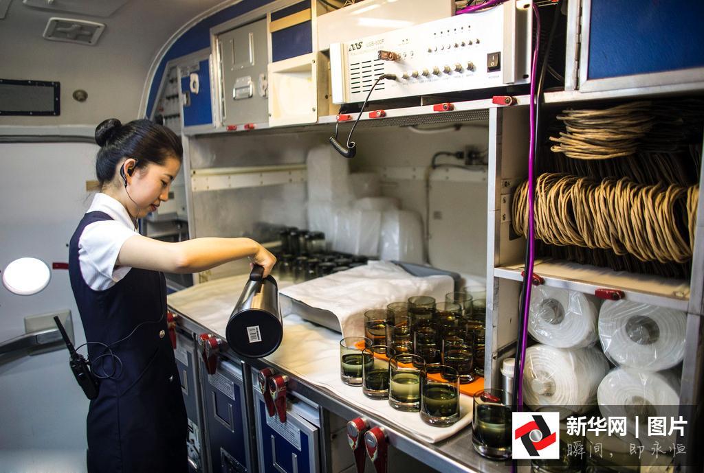 首家飞机餐厅武汉开业