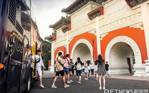 台北市陆客半年少41万、倒闭12间饭店