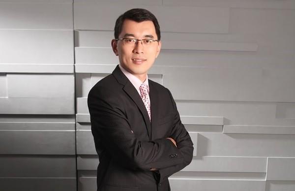 台湾知名主持人跳槽大陆节目 建议台青快去大陆发展