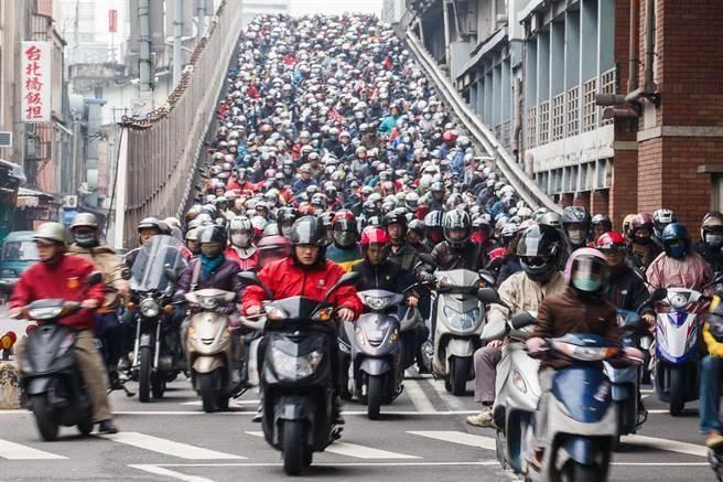台湾哪个城市交通最烂? 票选冠军出炉不意外