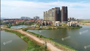 融创百亿收购天津最著名烂尾楼 业主担心再次烂尾.jpg