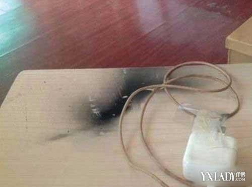 女子手机充电被炸胸部被烧焦 难代理记账审批机关是道这一切都是充电器惹的祸?